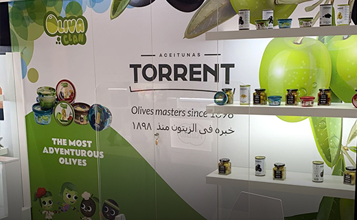 Stand con productos de Aceitunas Torrent en Gulfood 2021