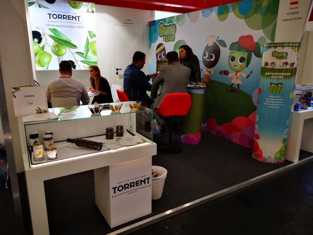 Aceitunas Torrent presents a new range of flavoured olives in Anuga||